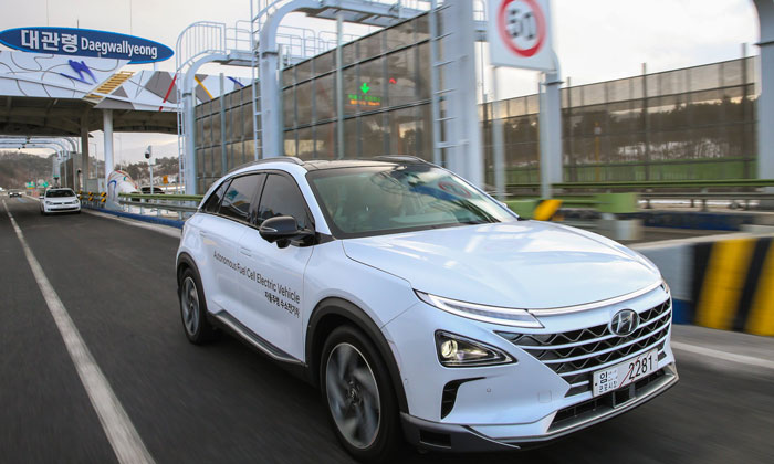 Hyundai's first self-driven fuel-cell electric vehicle completes 190km trip