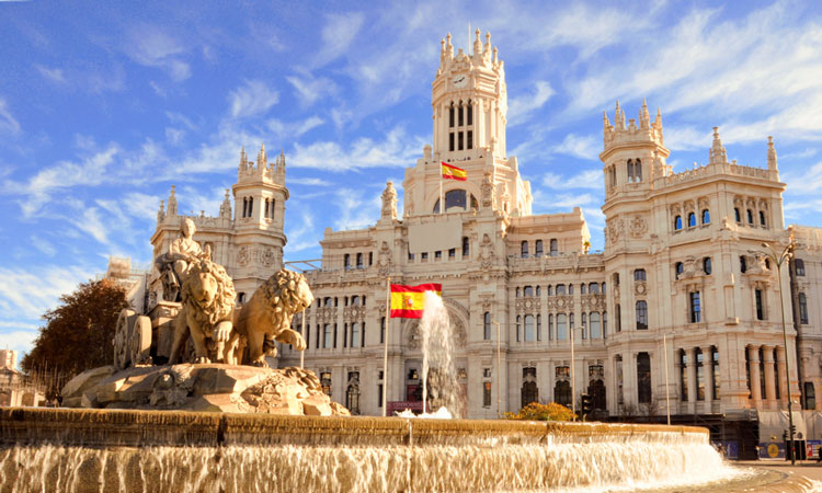 Madrid enforces ban on polluting vehicles within the city centre